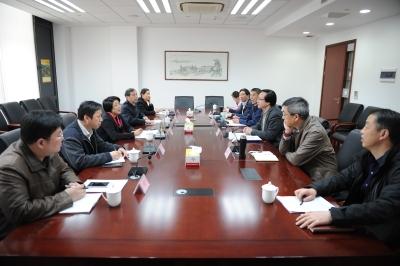 副市长刘霞一行调研指导体育工作